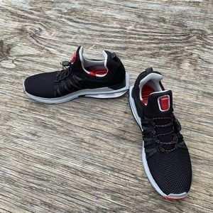 Other - Nike Mens Shox Gravity